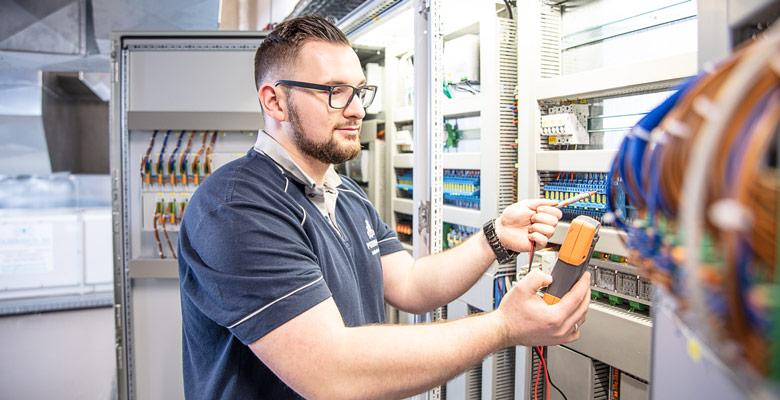 Wartung und Instandhaltung - Gebäudemanagement bei gepe Gebäudedienste Peterhoff GmbH