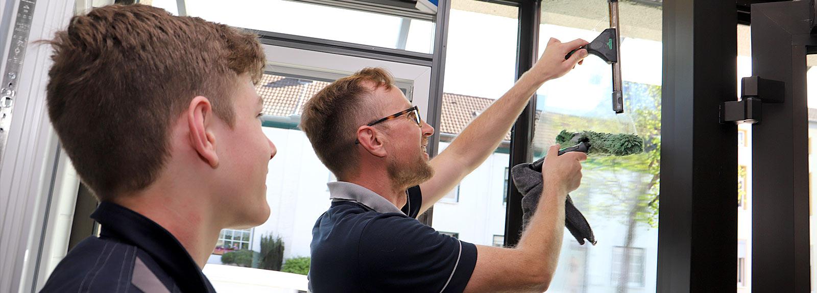 Schüler und Studenten - gepe Gebäudedienste Peterhoff GmbH