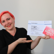 Jessica Beranek erhält Gesellenbrief